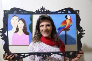 Há dois anos Fernanda pinta em relevo